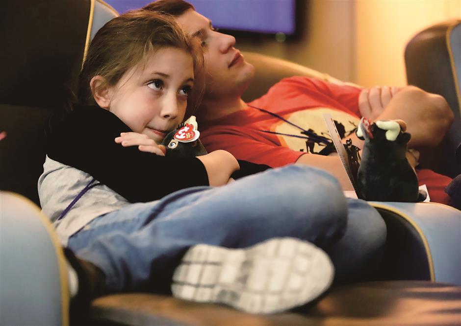 Children benefit from Golden Globes