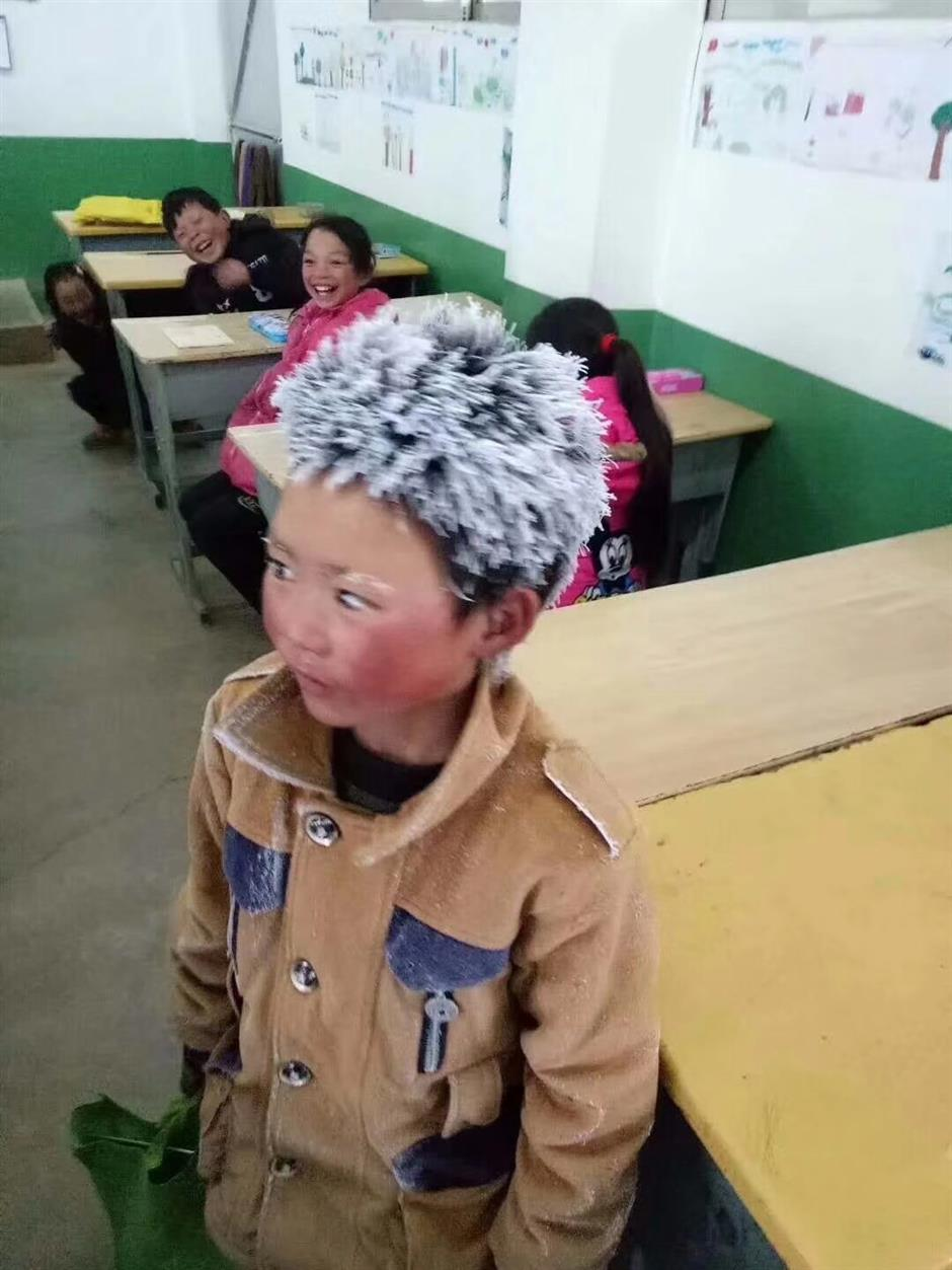Photo of icy school boy goes viral