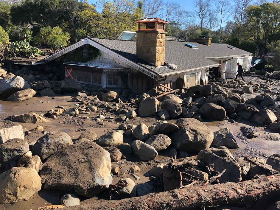 Death toll rises to 17 in California mudslides, 17 missing