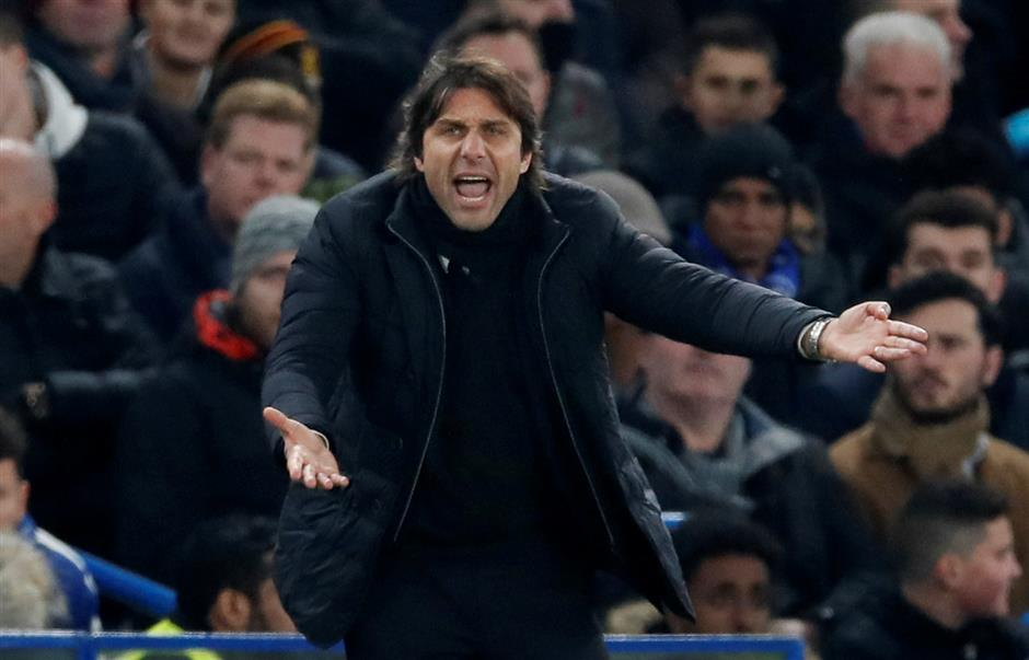 Capellosays feuding duo Conte andMourinho are 'out of their minds'