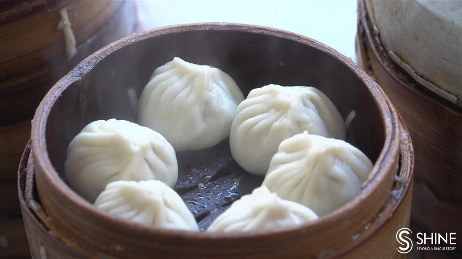 Shanghai's famous soup-filled xiaolongbao an experience to behold