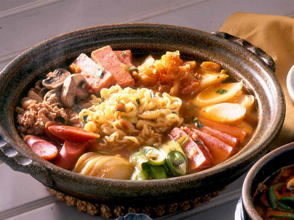 The common hotpot is not as common as you think