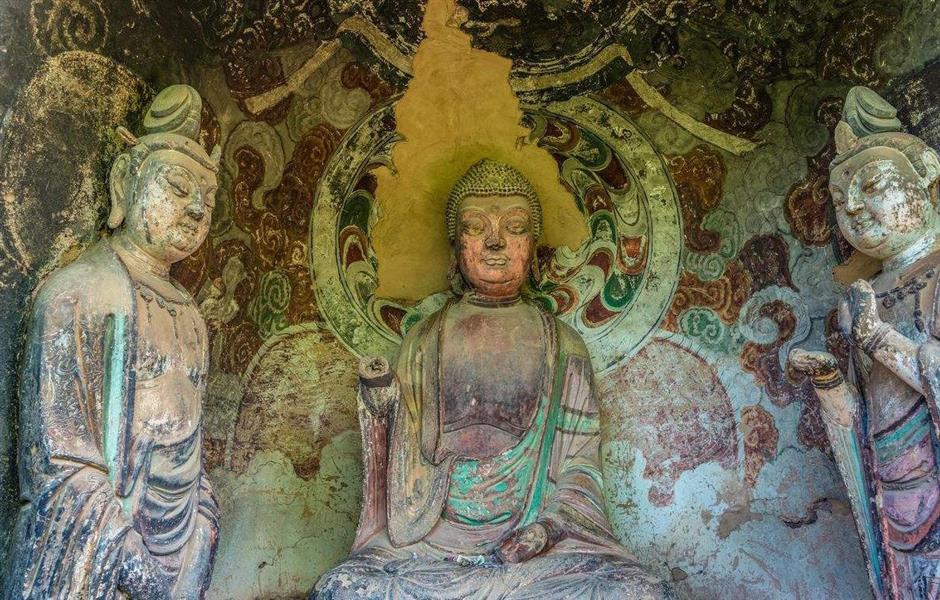 A thousand Buddhas, a thousand years of history