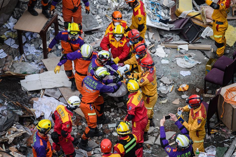 Quake dead honored at Taiwan service