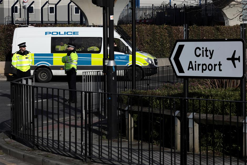 London City Airport closes as WWII bomb found