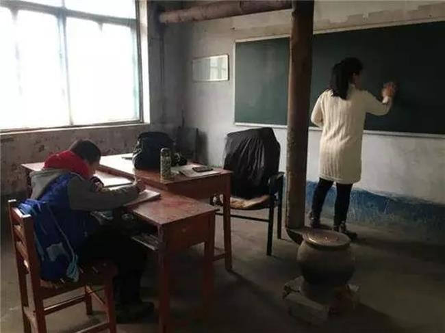 The lonliest school in China: 2 teachers, and one lonely student