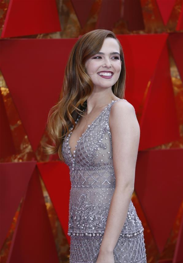 Stars shine at red carpet of 90th Academy Awards
