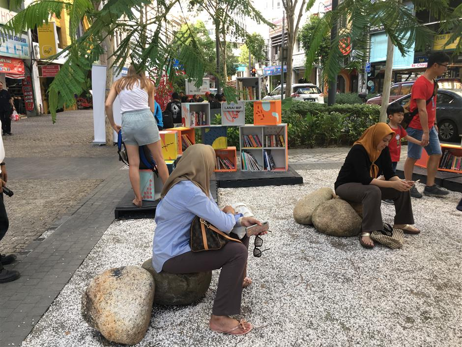 Pop-ups a bid to revive urban public space