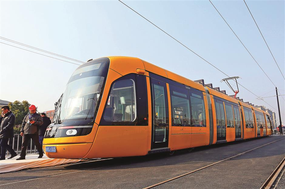 Smooth running for tram's trial operation