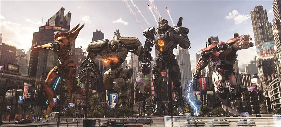 New Pacific Rim: cheer-at-the-screen fun