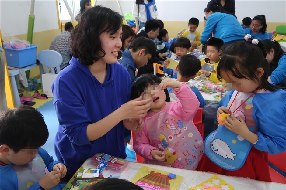 Volunteer program highlights autism in children