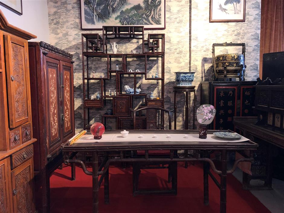 Showcasing vintage furniture with a global twist