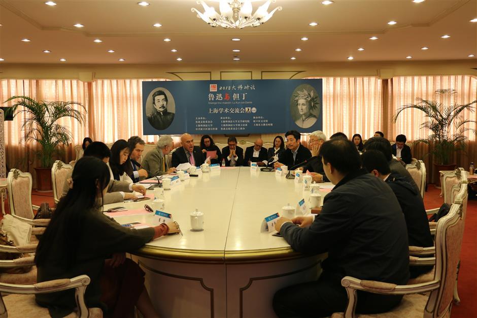 Descendants of Lu Xun, Dante boost Sino-Italy cultural exchange