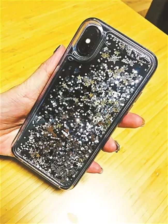 Airport security ask woman to check in liquid phone case