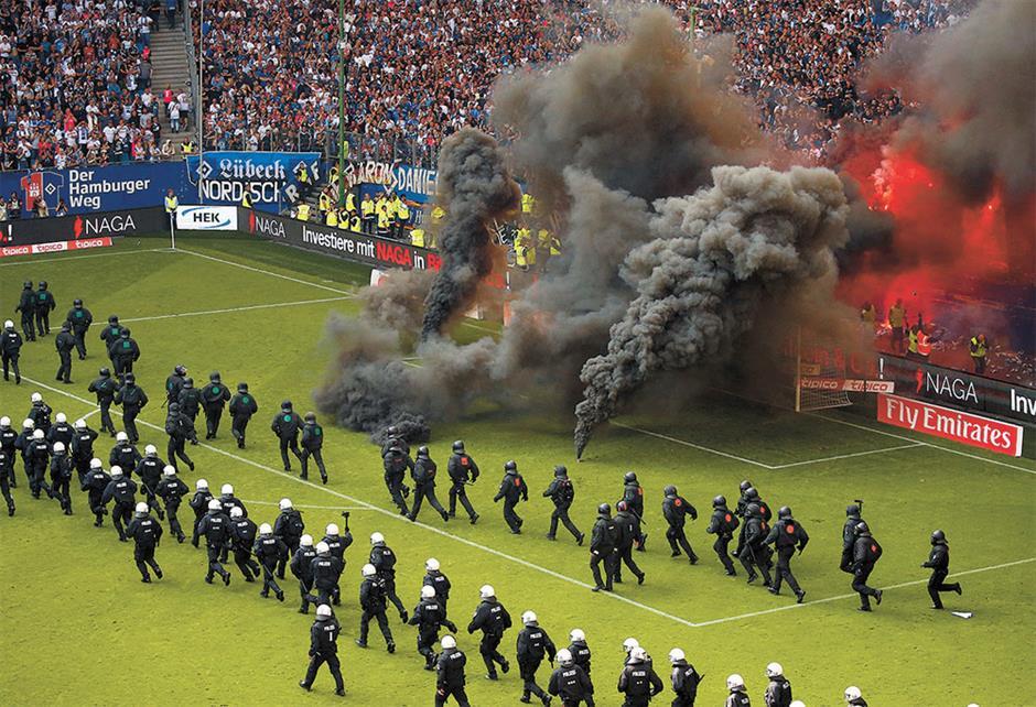 Hamburg relegated for 1st time