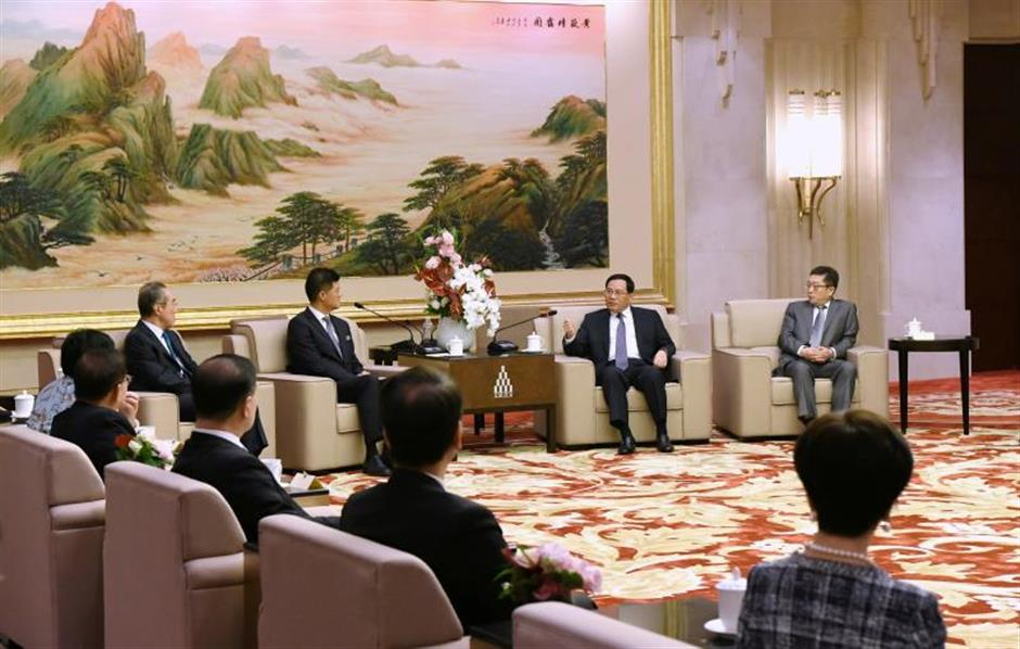Party chief hopes to carry out more cooperation with Hong Kong