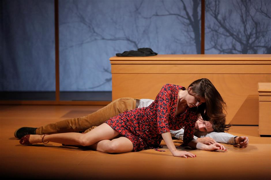 Marriage falls apart before your very eyes on Shanghai stage