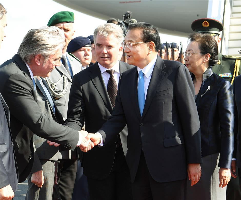 Chinese premier arrives in Germany for intergovernmental consultations, official visit