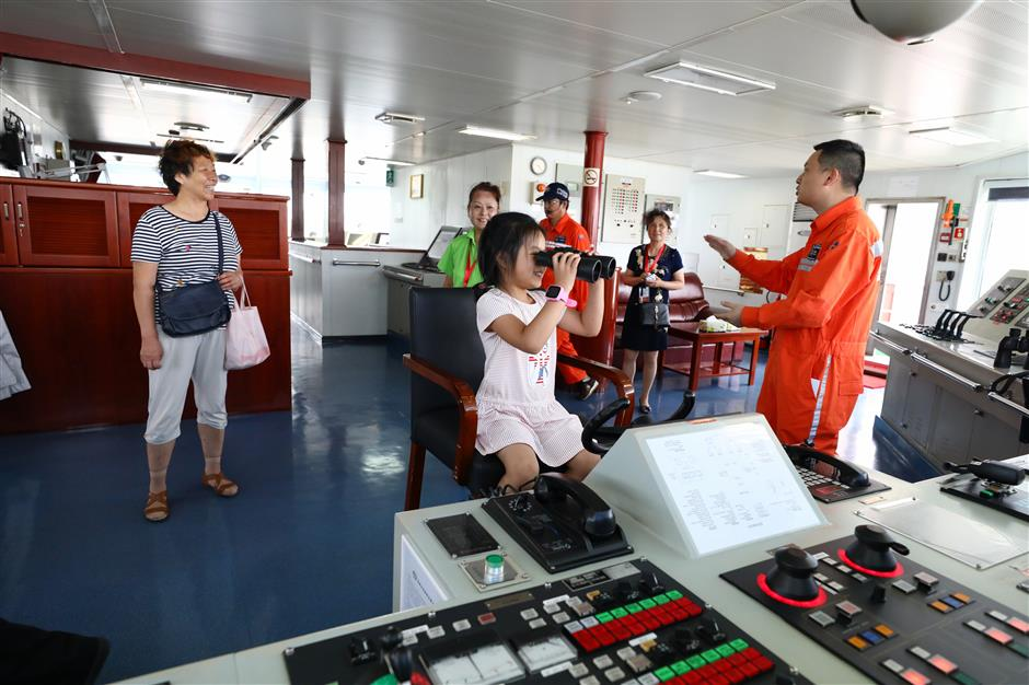 Maritime Day attracts ship lovers young and old
