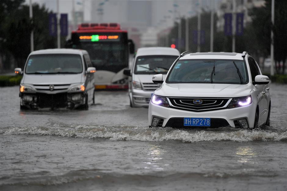 Ampil wreaks havoc in N. China