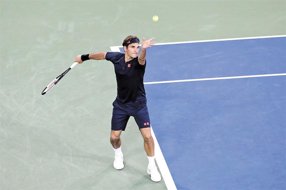 Federer takes a step toward 8th Cincinnati title