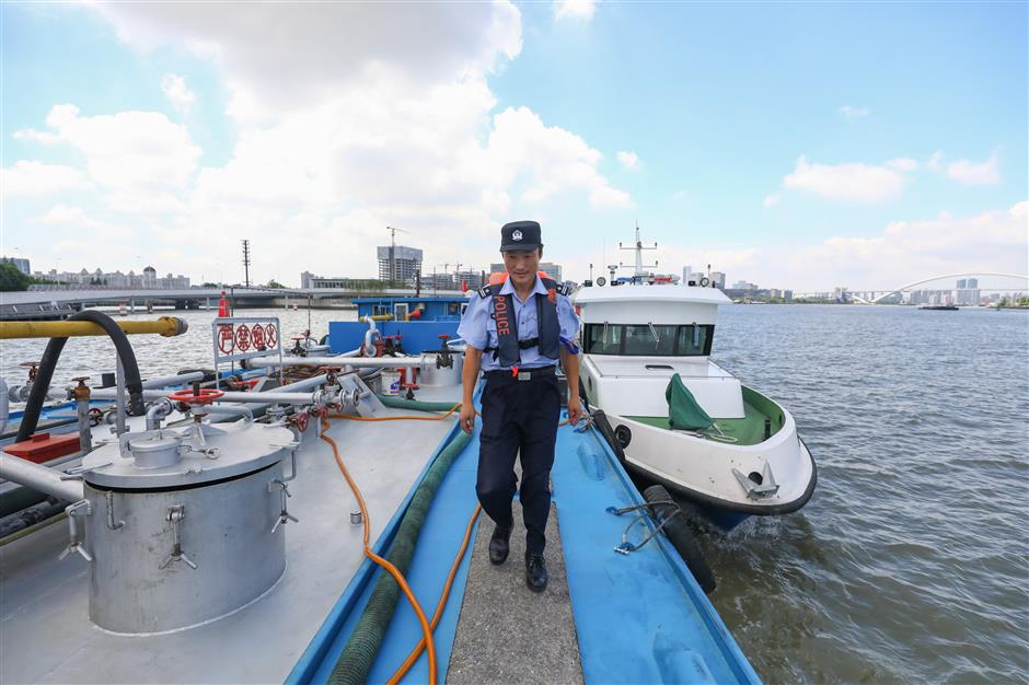 Aquatic cops saving lives on their riverine beat