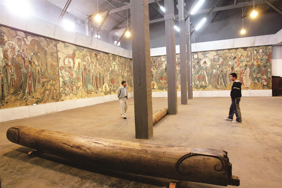 Where contemporary art entered the mainstream (2000-2005)