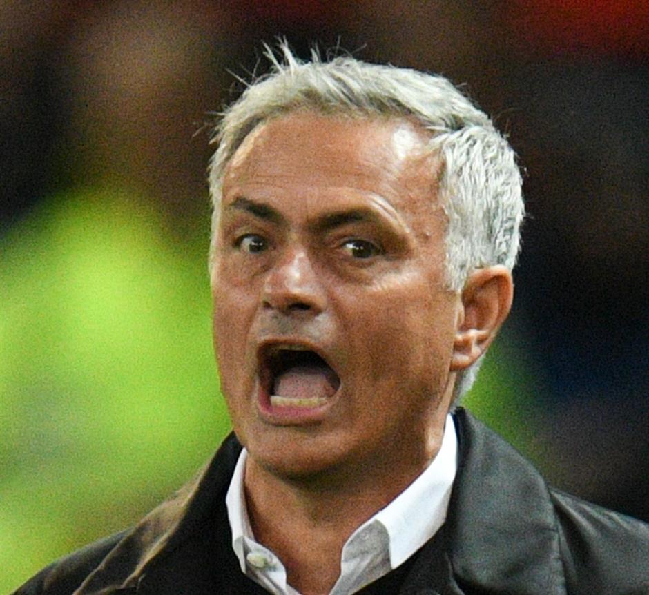 Mourinho hits back after Spurs loss
