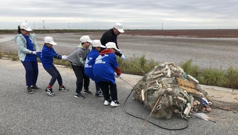 World Cleanup Day: Saving the planet through garbage marathon