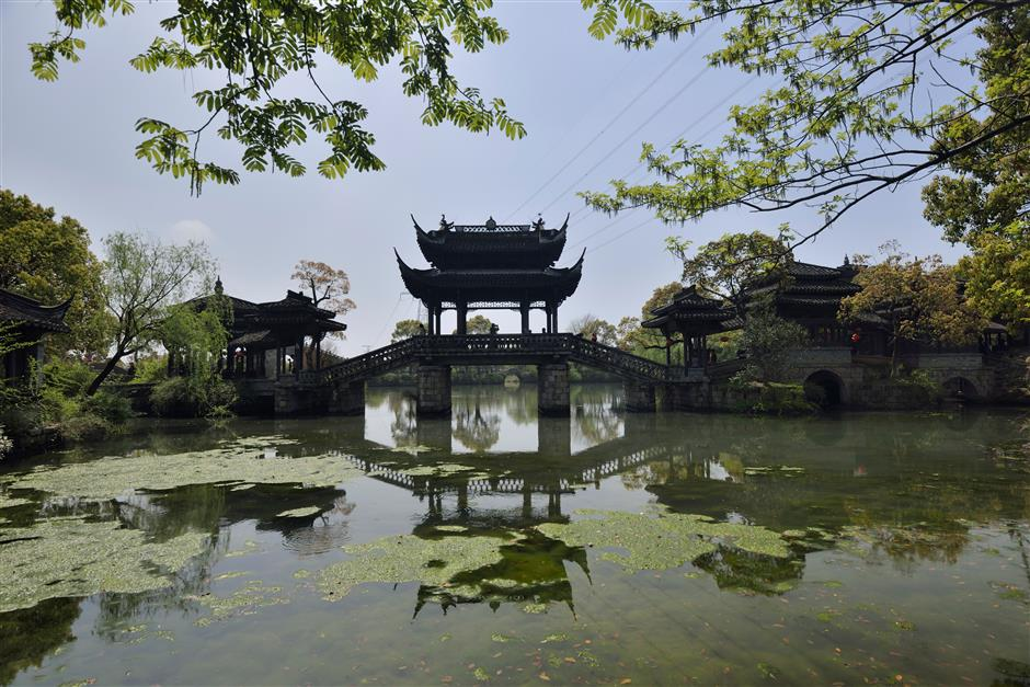 Lots to do in Maqiao Town after the tennis
