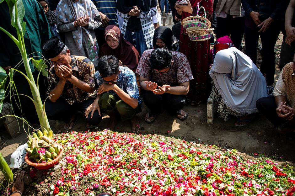 Black box of crashed Lion Air plane recovered in Indonesia