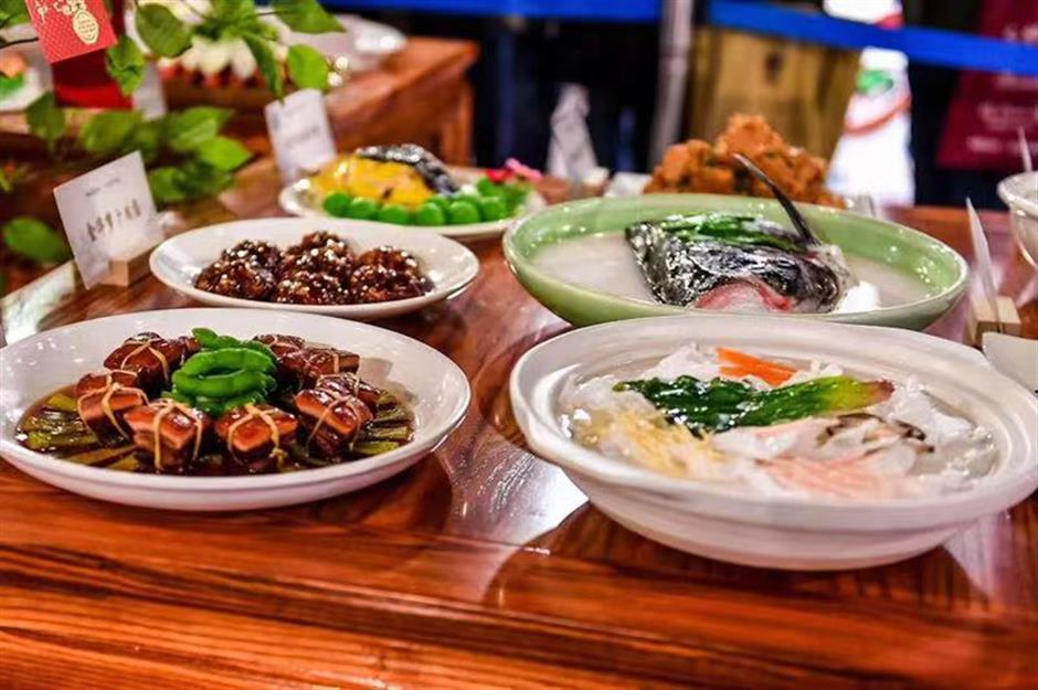 Zhejiangcultural heritage and tasty treats on show at free travel fair