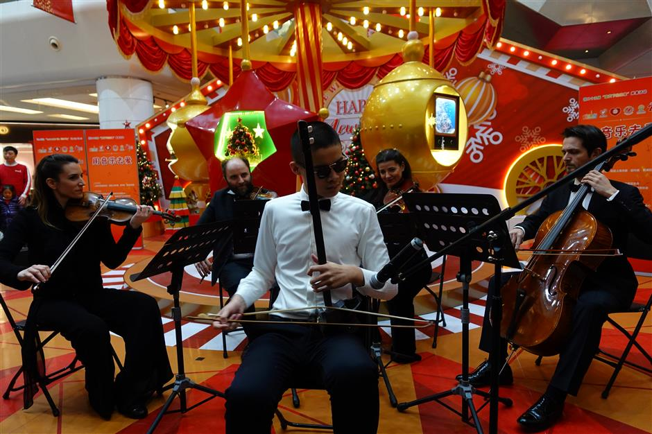 Turkish musicians, local visually impaired artists share