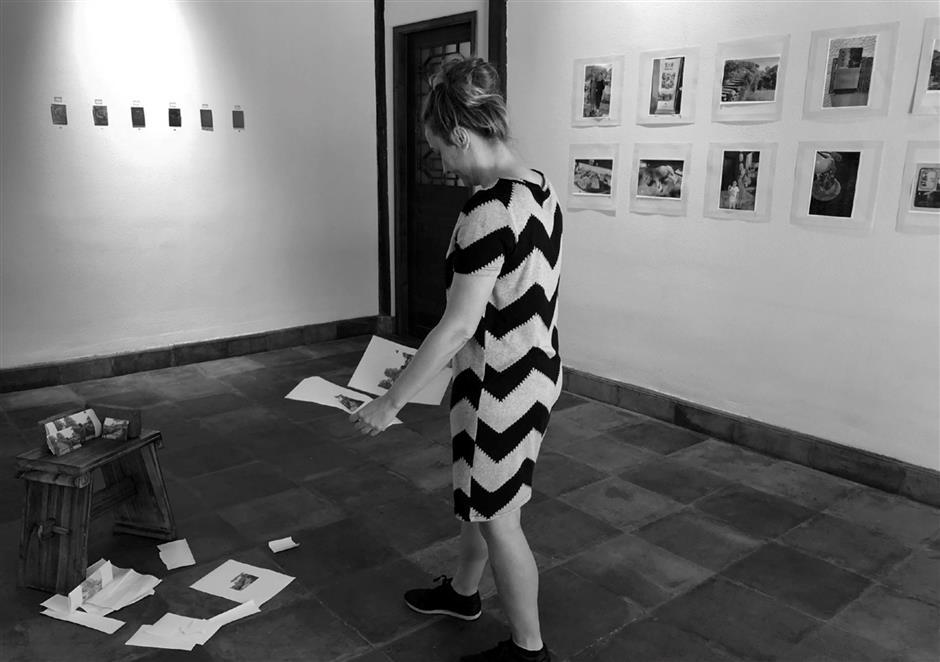 Using bridge to communicate with art world