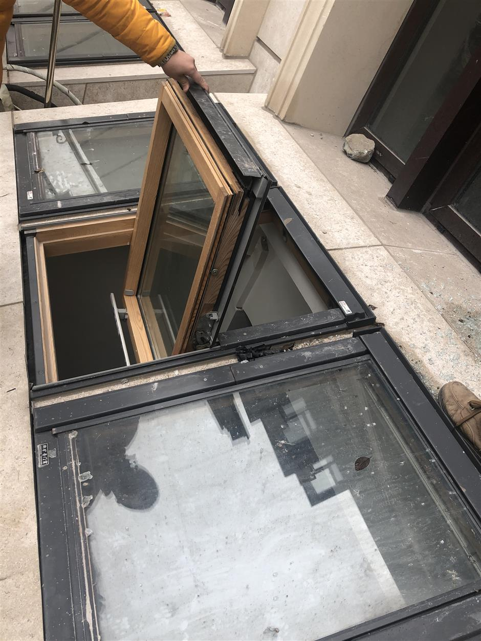 Boy falls to his death in 3rd skylight window accident