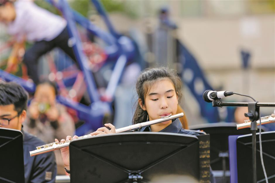 SCIS Orchestra hits the right notes