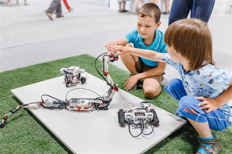 Tech startups eye opportunity in education market
