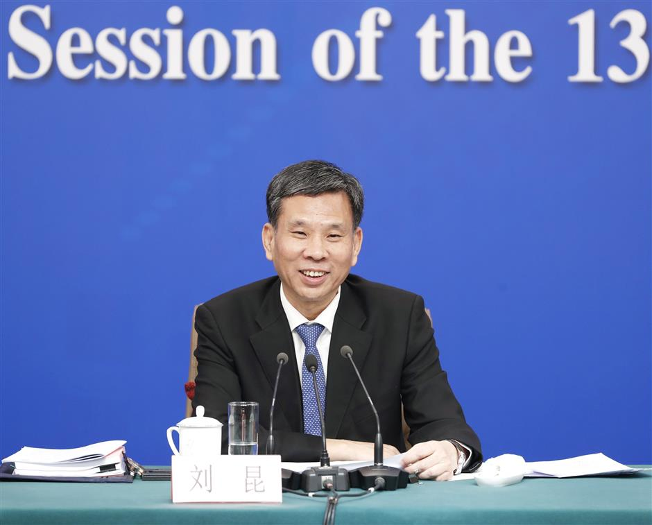 Risk of China's local govt debt controllable: official