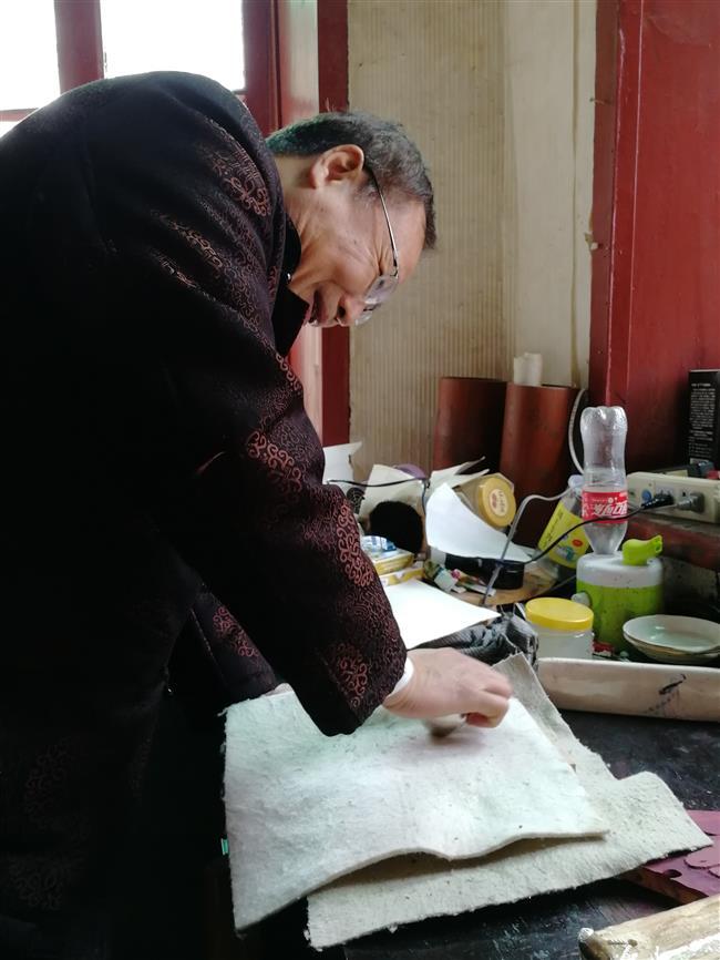 Woodblock master keeping ancient craft alive