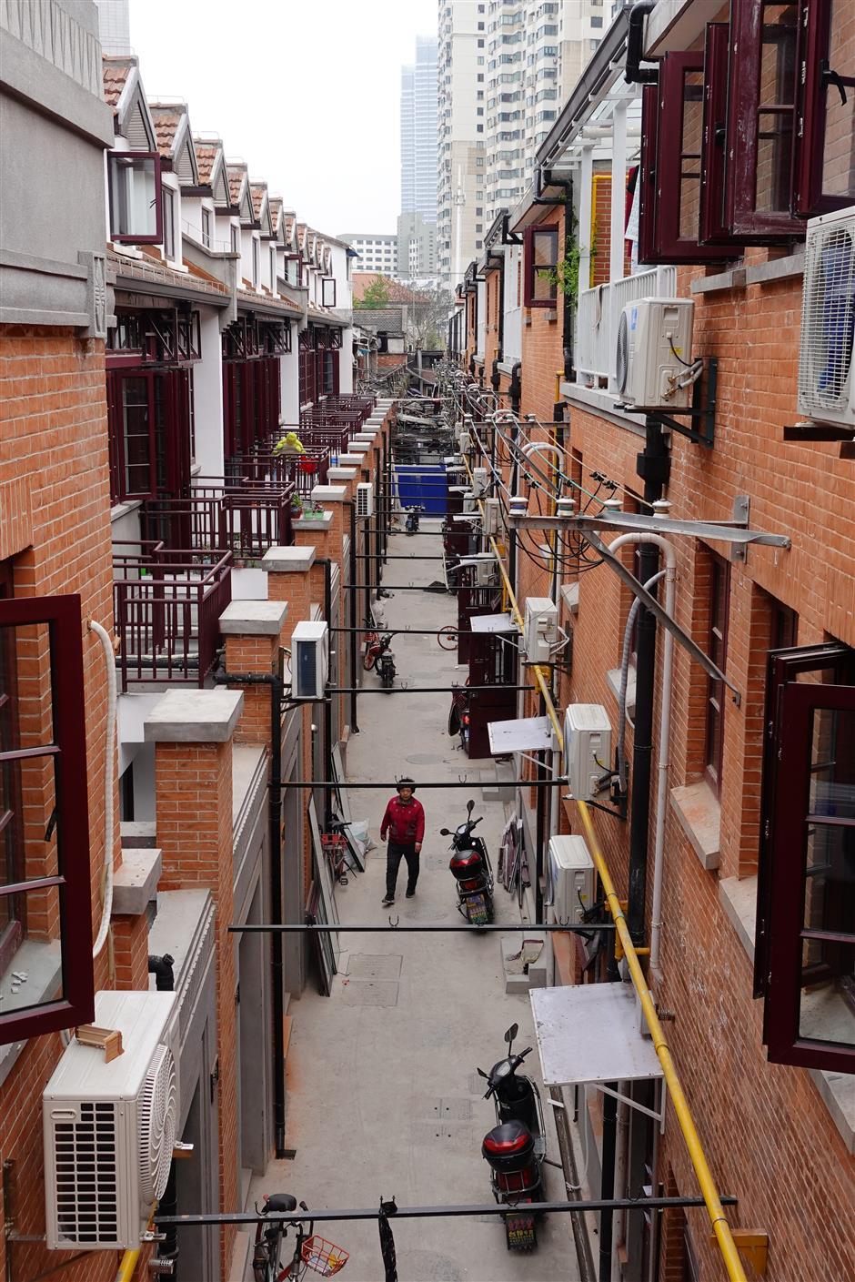 Renovated shikumen to accommodate white-collar workers