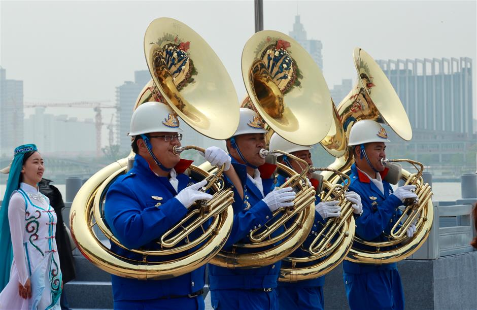Musical tour of the world in Yangpu District