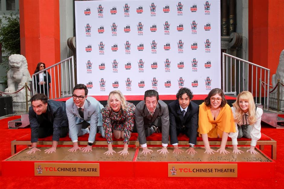 'The Big Bang Theory' stars place handprints in Hollywood