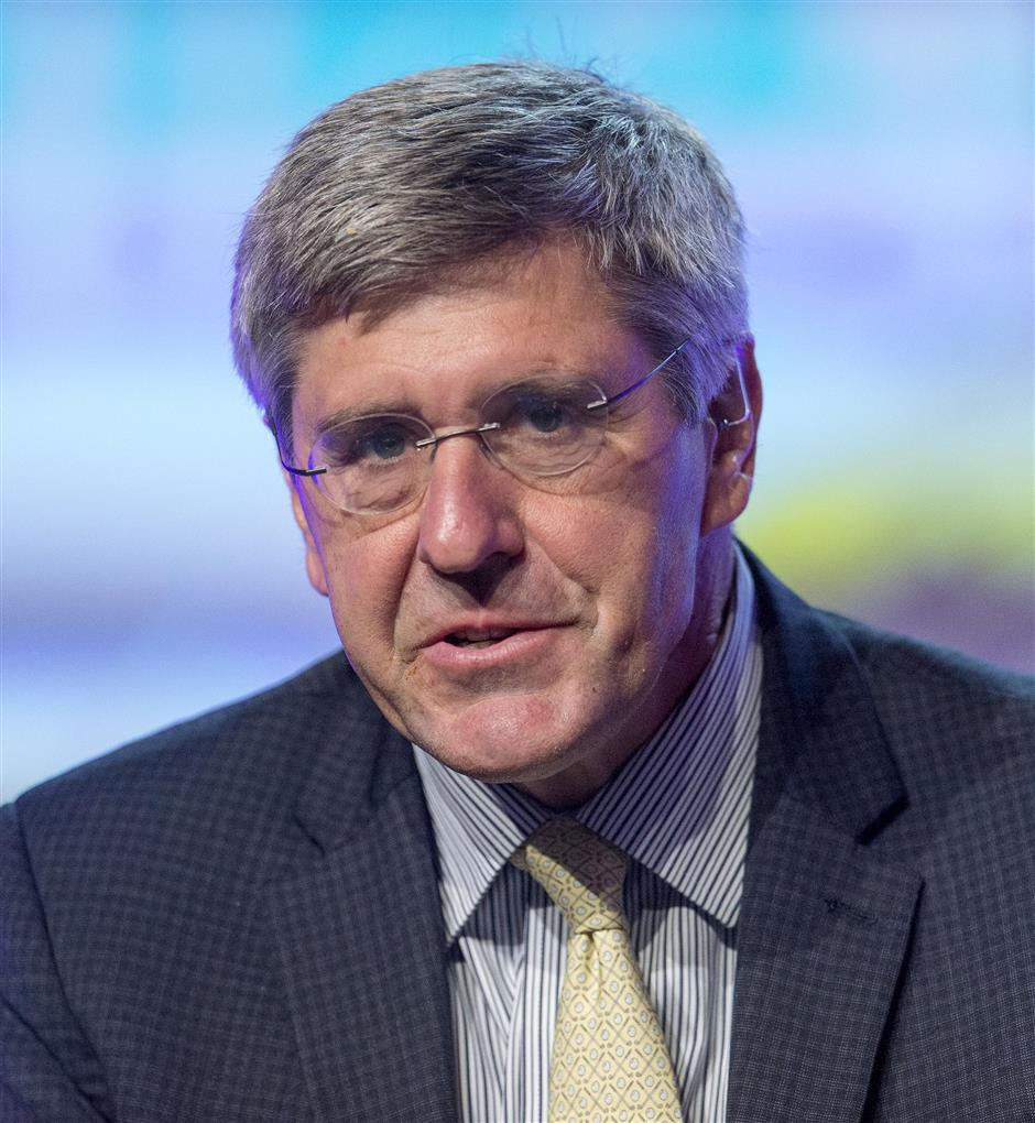 Stephen Moore out of Fed board consideration, Trump says