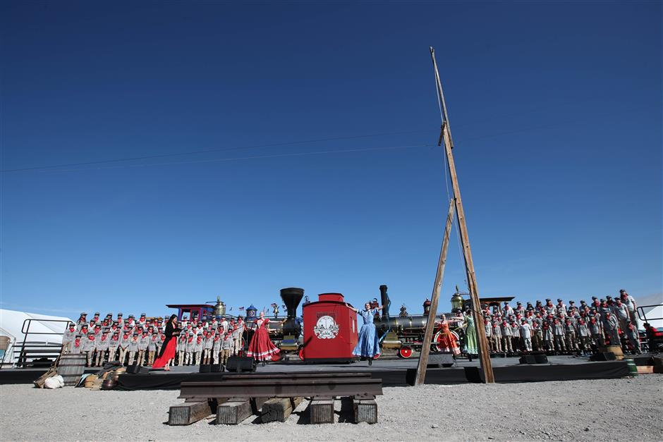US celebrates 150th anniversary of first transcontinental railroad, hails Chinese workers