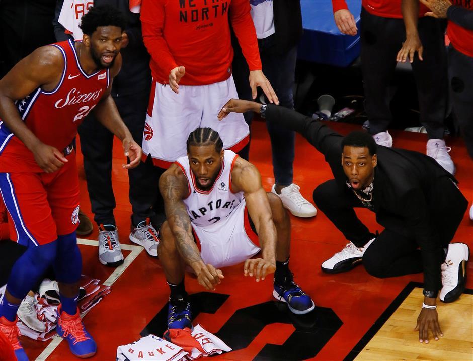 Leonard, Raptors to face Bucks, Antetokounmpo in East final