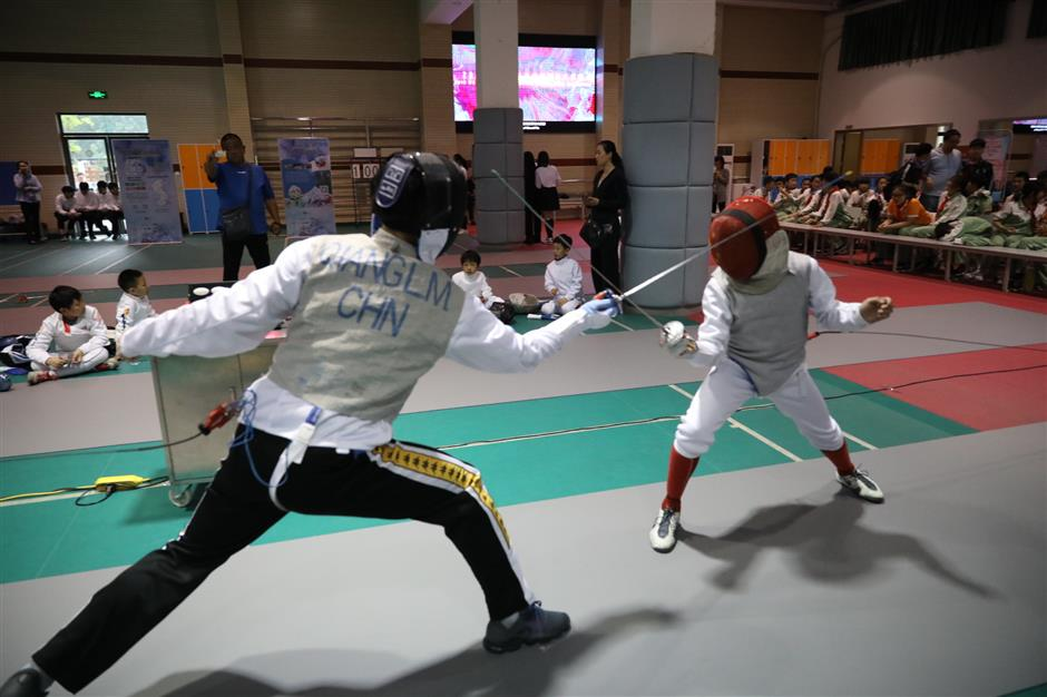 Fencers make their points at Grand Prix