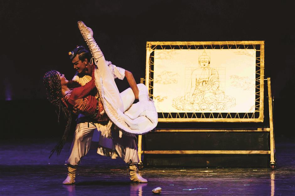 Romantic Dance Drama Brush Strokes Thangka Art