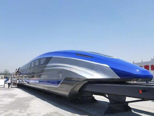 China unveils 600 kph maglev train prototype