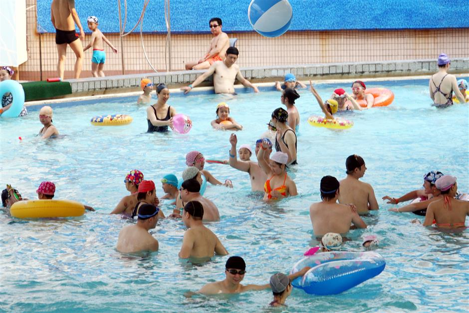 Now, scan QR code to check lifeguards' qualification at public pools