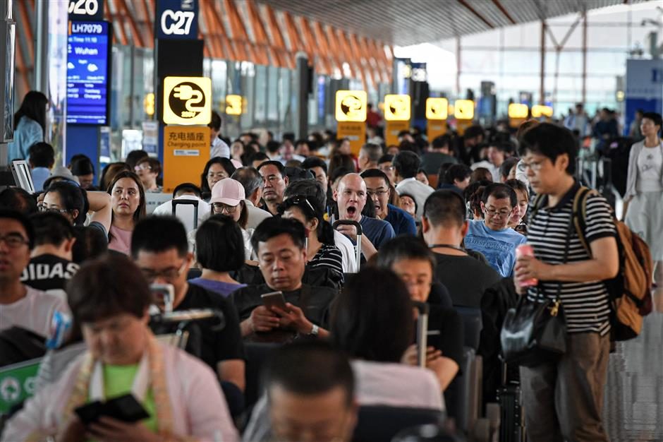 2m daily entry, exit trips expected for Dragon Boat Festival holiday